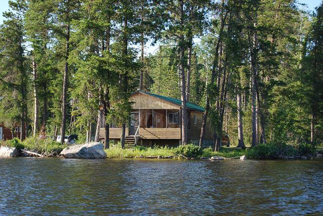 Hyatt's Manion Lake Camp Cabin 4